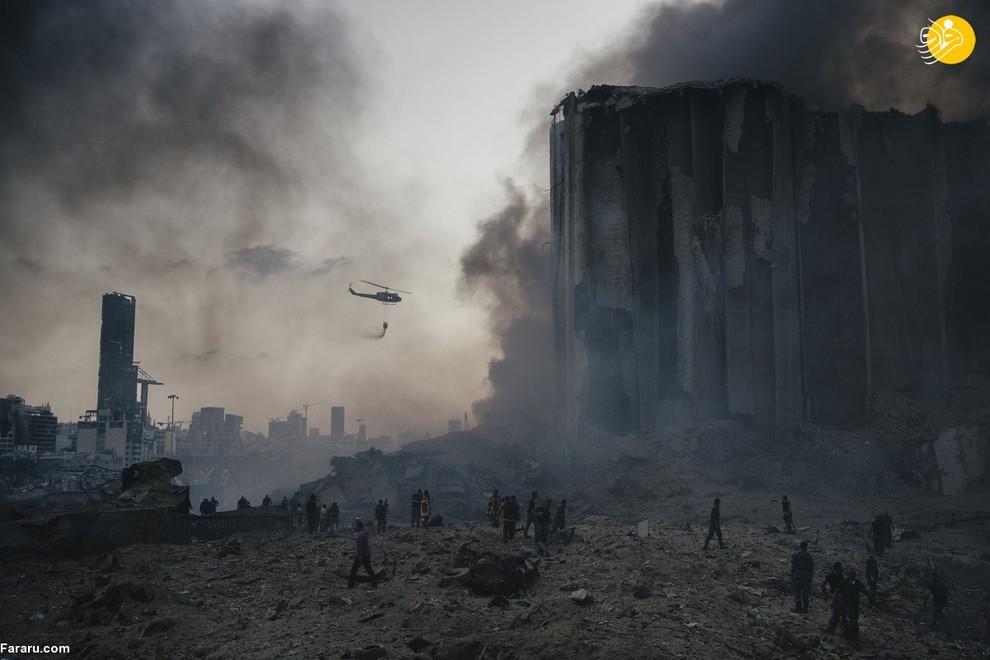 لورنسو توگنولی، عکاس ایتالیایی، که در لبنان زندگی میکند از انفجار مهیب در بیروت عکسی منحصر بهفرد گرفته است. در این انفجار حدود ۲۰۰ نفر جان باختند و ۶۵۰۰ نفر نیز مجروح شدند. بیش از ۶ هزار خانه مسکونی منهدم شد.