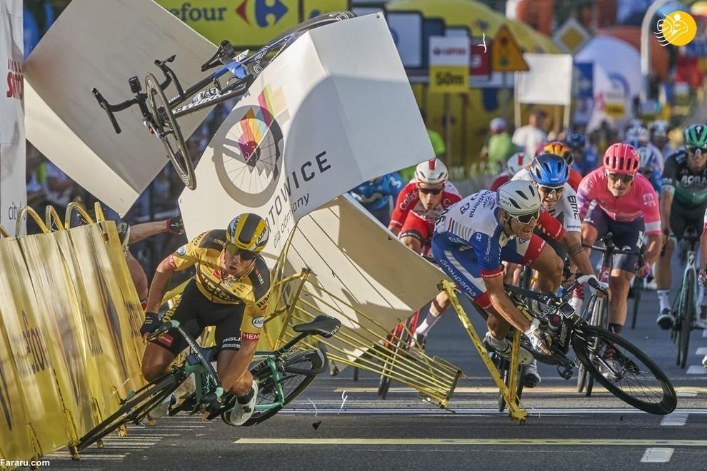 حادثه در مسابقات دوچرخه سواری لهستان (عکاس: توماس مارکوفسکی)