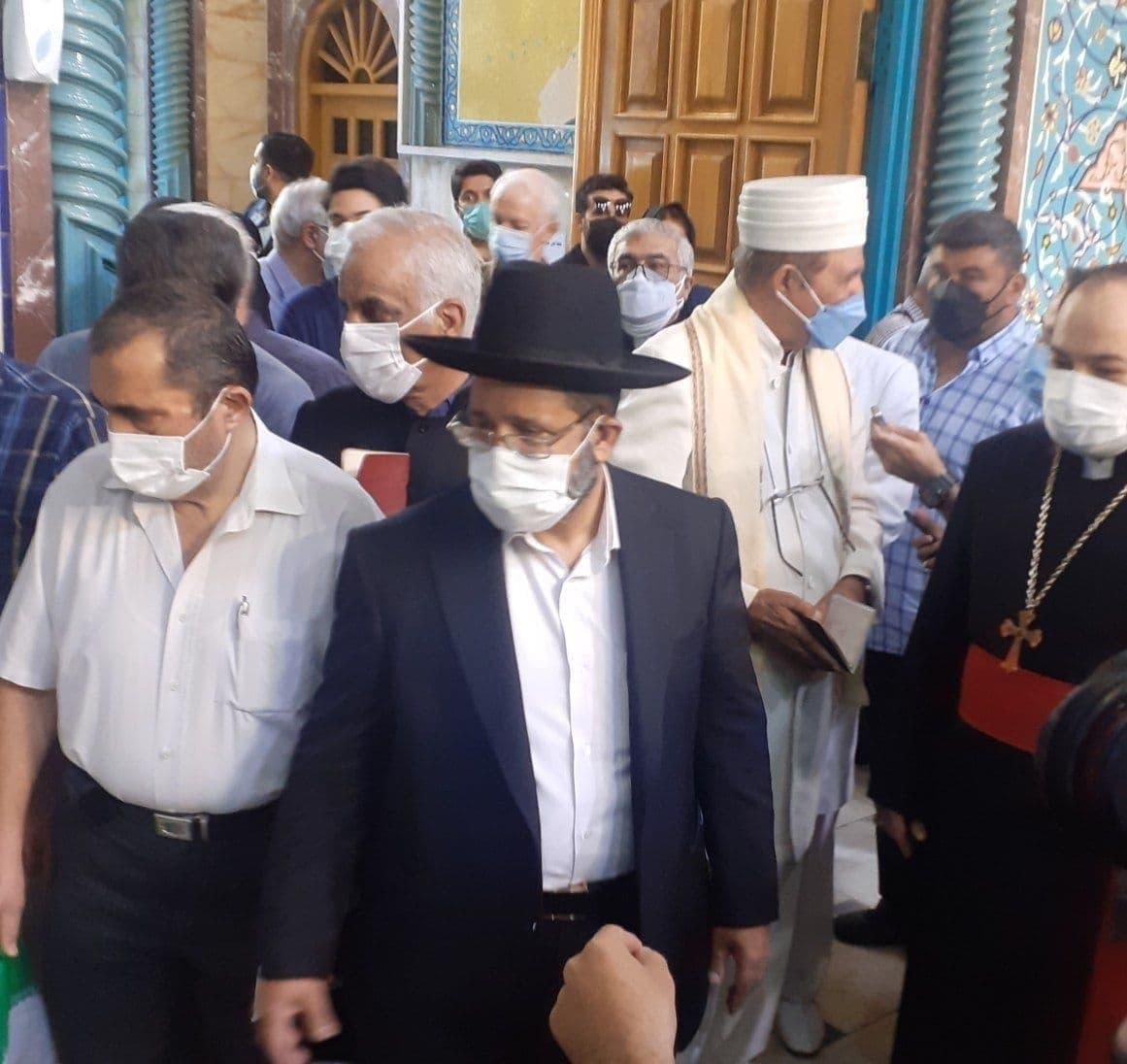 اقلیتهای دینی در حسینیه ارشاد برای رایدادن
