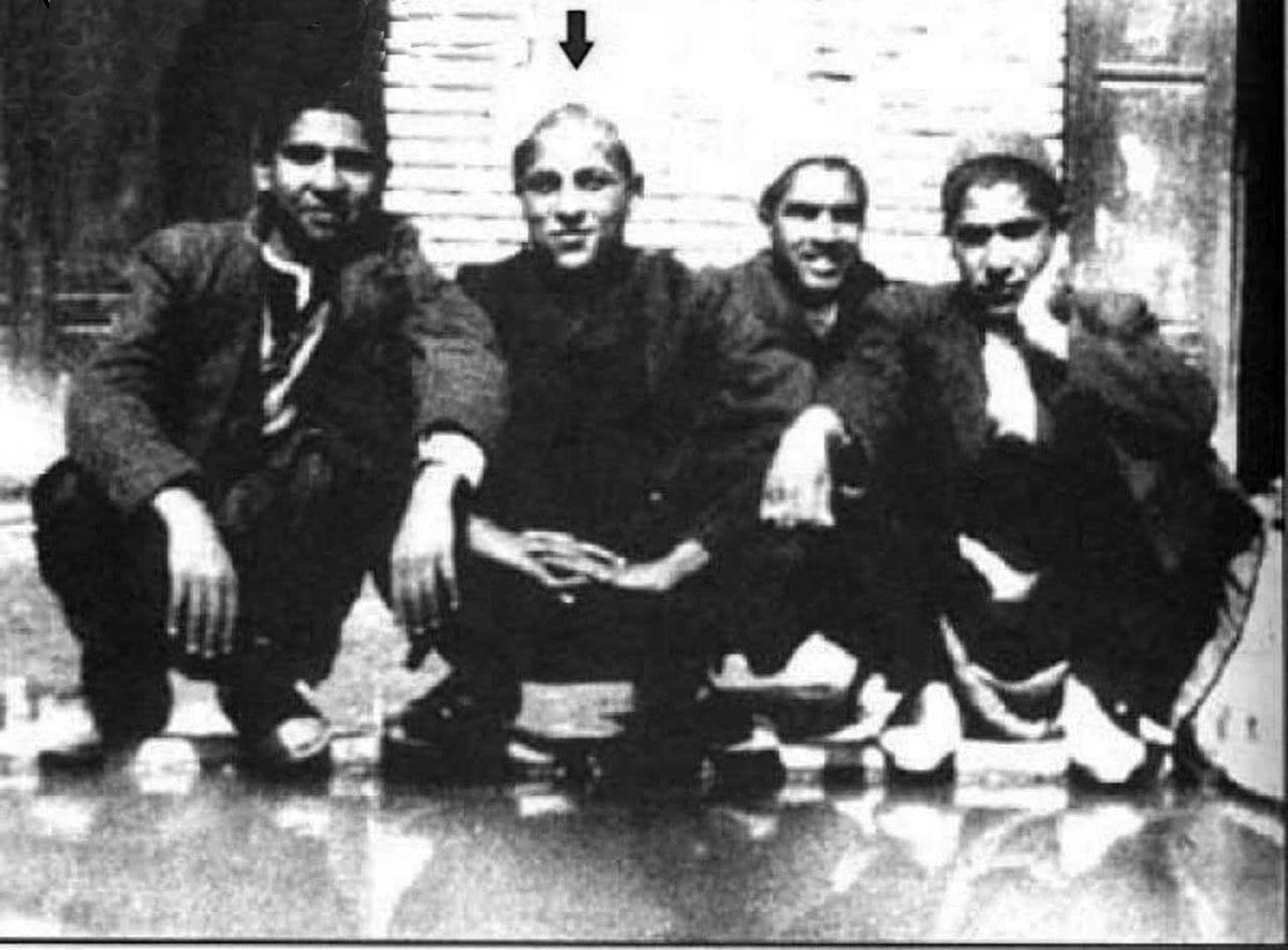 عکسی دیده نشده از آیت الله هاشمی رفسنجانی و برادرانش در جوانی