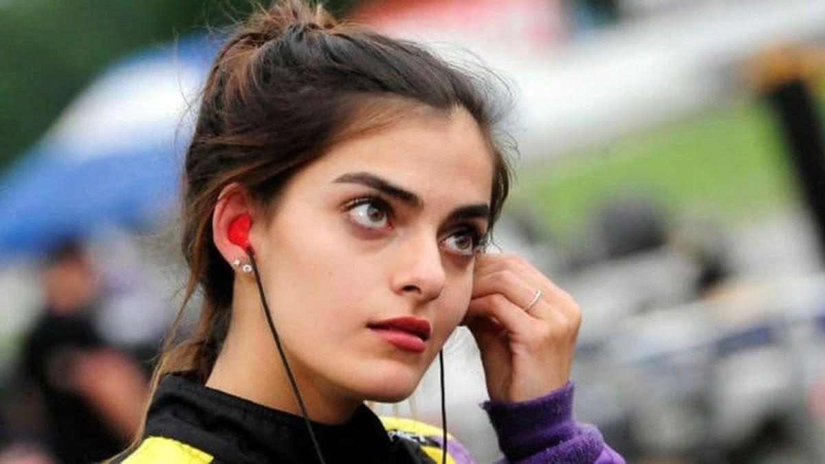 اولین راننده زن عربتبار در مسابقات نسکار شرکت کرد+عکس