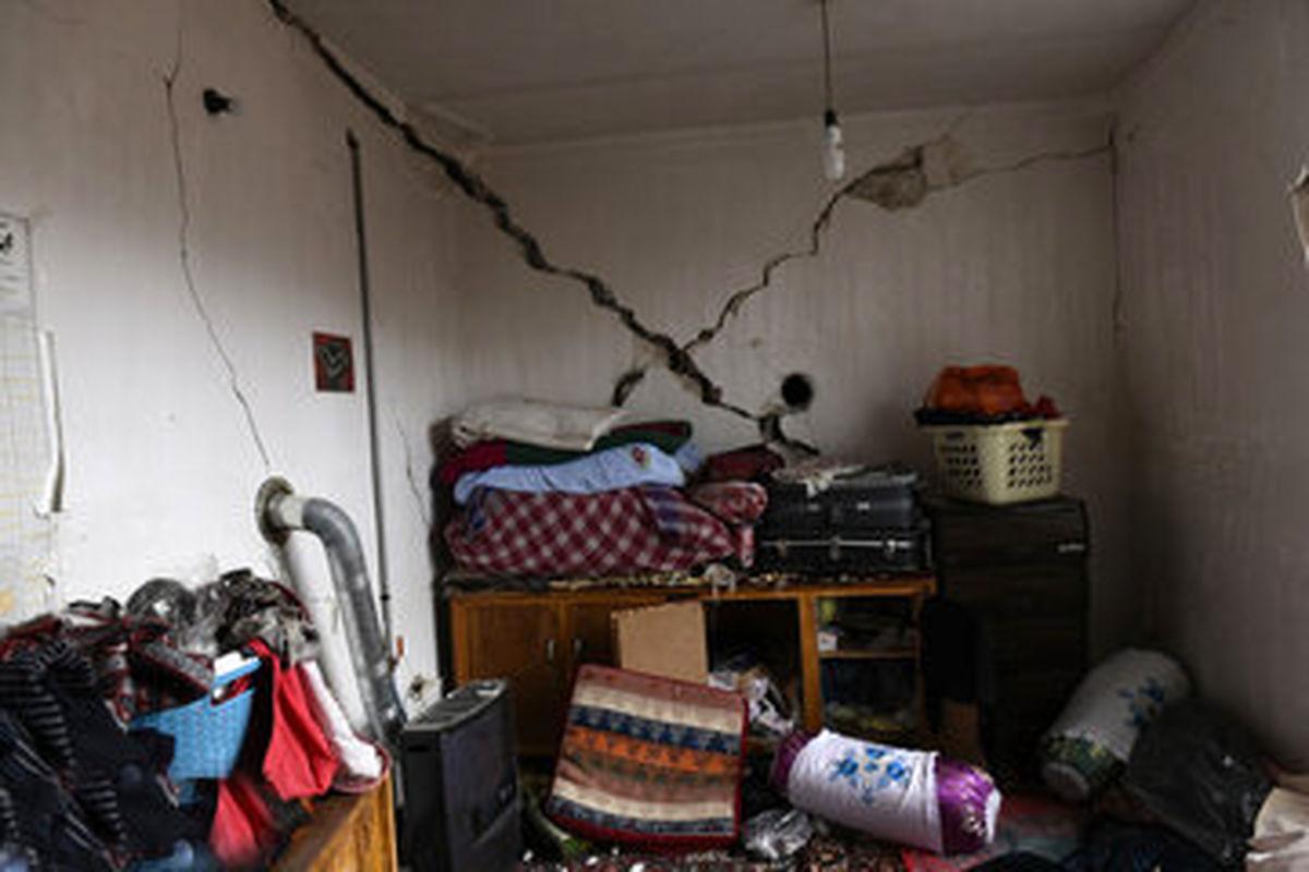 خانههای سیسخت بعد از زلزله+ عکس