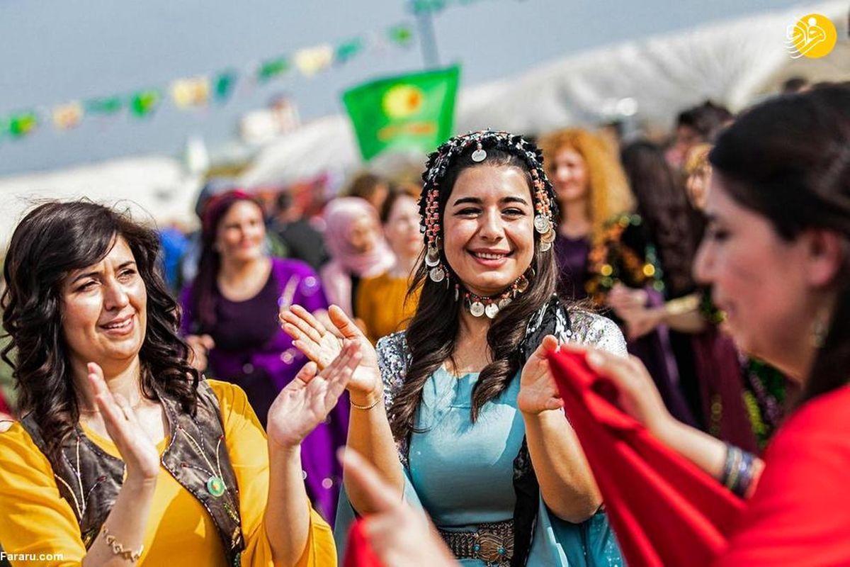 تصاویر دیده نشده از جشن روز جهانی زن در منطقه کُردنشین سوریه