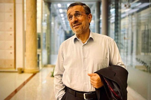 تصاویری جالب از جشن تولد خیابانی محمود احمدی نژاد