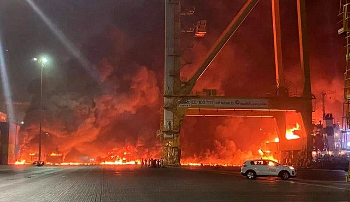 جزئیات انفجار مهیب در بندر دبی+ عکس و فیلم