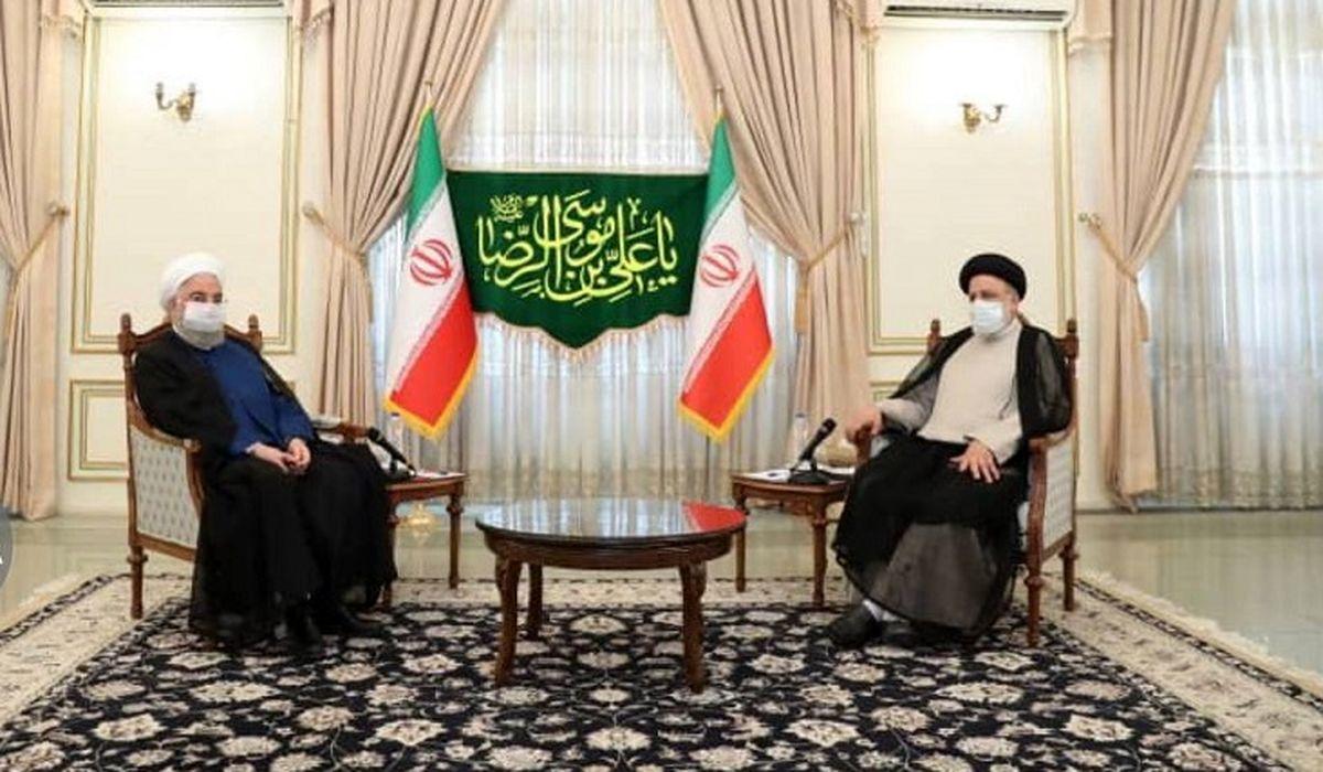 عکس روحانی در دیدار با ابراهیم رئیسی برای تبریک
