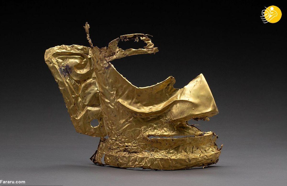 تصاویر عجیب از کشف یک ماسک اسرارآمیز طلا با قدمتی سه هزار ساله