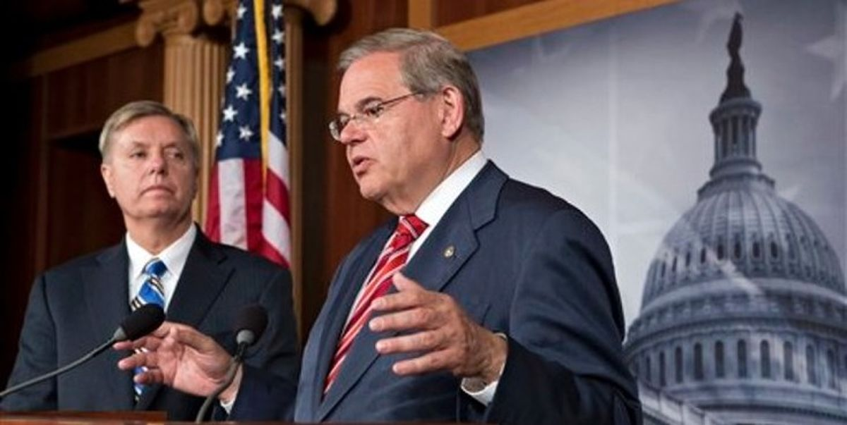 درخواست ضد ایرانی 43 سناتور آمریکایی از بایدن
