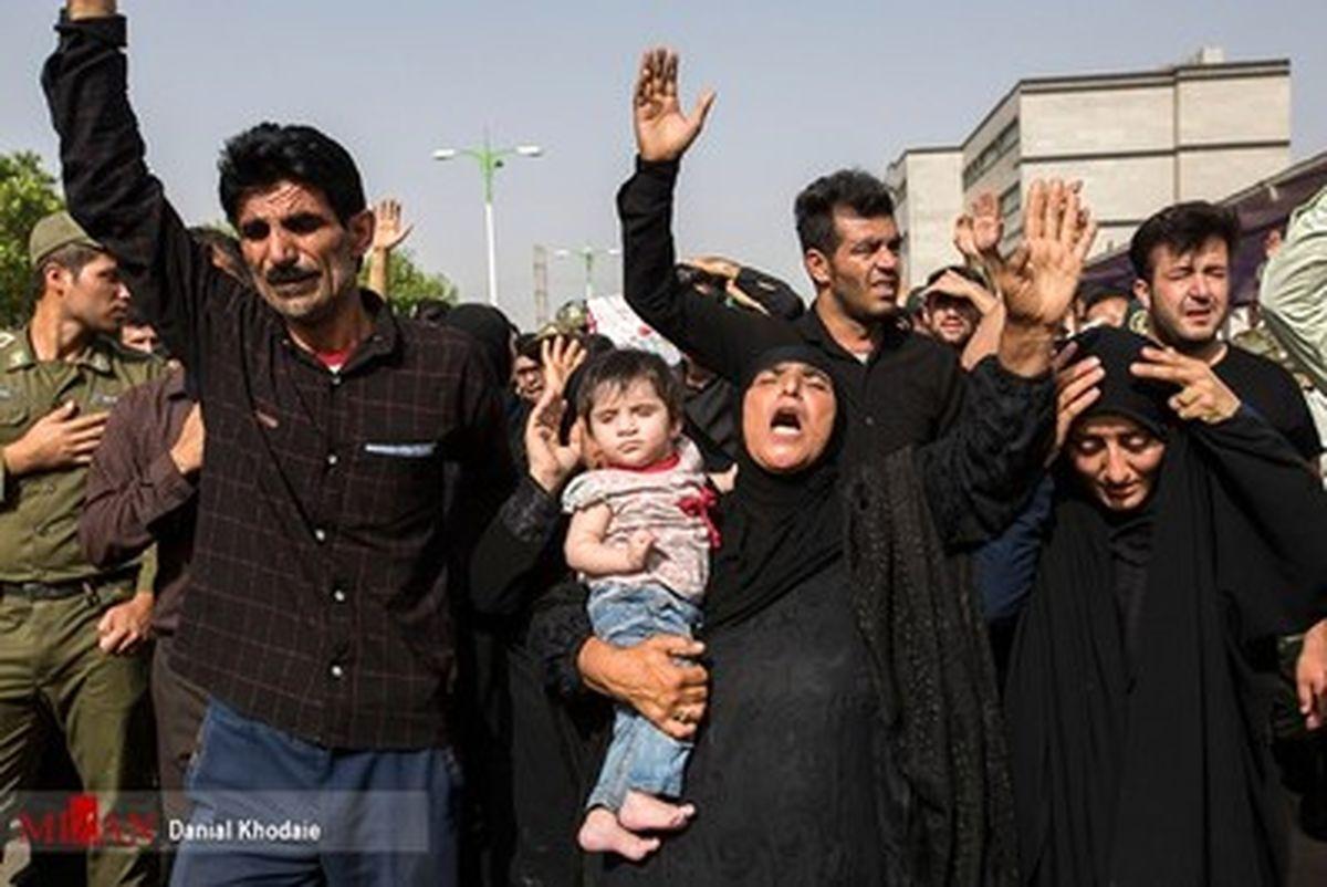 روایت تصویری از تشییع پیکر شهدای نیروی انتظامی در اهواز