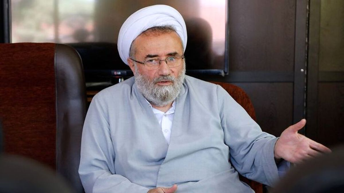 موضع مسیحمهاجری درباره مجادله حدادعادل و احمدینژاد/ دروغ و خدعه در سخنان احمدینژاد مشهود است
