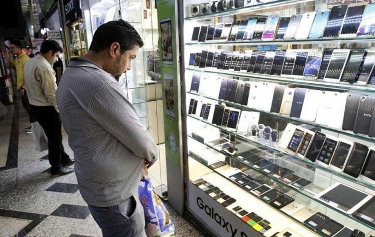 ریزش شدید قیمتها در راه بازار موبایل / موبایل ارزان می شود