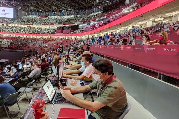 دردسر جدید خبرنگاران در افتتاحیه المپیک توکیو/ اینترنت ضعیف شد!