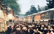 تصویری  دیدنی از اعزام داوطلبان به جبهه با اتوبوسهای دو طبقه