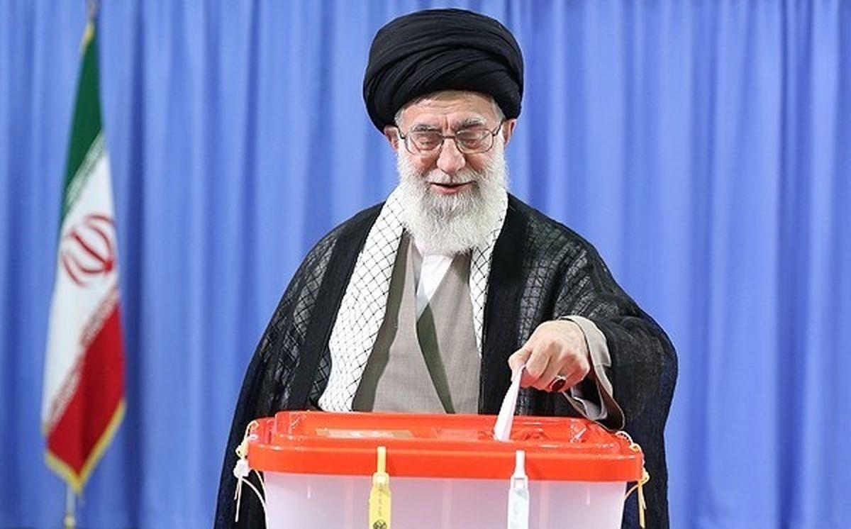 متن کامل بیانات رهبر انقلاب پس از شرکت در انتخابات ۱۴۰۰