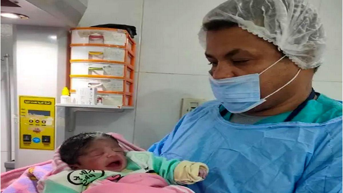 تولد دختری با رنگ موی متفاوت در مصر + عکس