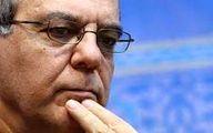 سوال عباس عبدی از اصولگرایان تندرو درباره انحراف از خط رهبری