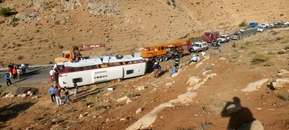 رئیسی: پرونده واژگونی اتوبوس خبرنگاران سریع و دقیق رسیدگی شود