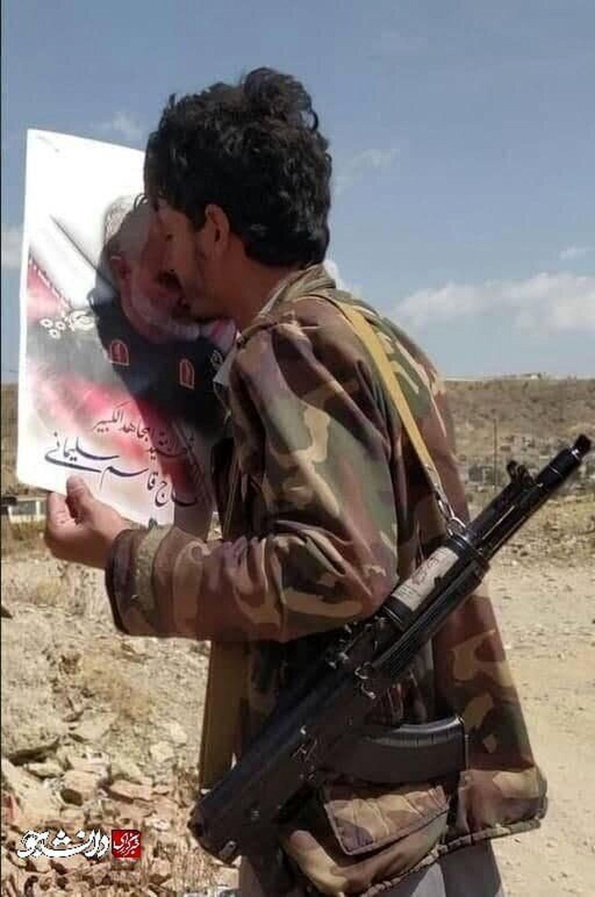 بوسه زیبا بر چهره سپهبد سلیمانی در مرز عربستان