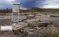 تصاویر اتفاق هولناک در قبرستان سمنان؛مردگان فرو می روند