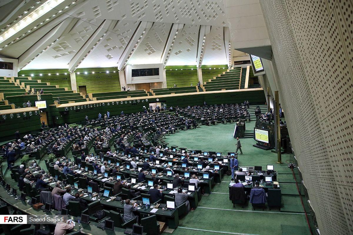 وزیر کشور جهت ارائه گزارش درباره انتخابات به مجلس میرود