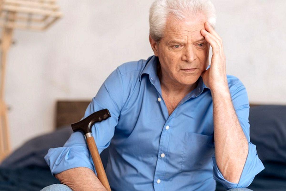 علت اصلی آلزایمر و زوال عقل در سالمندان چیست؟