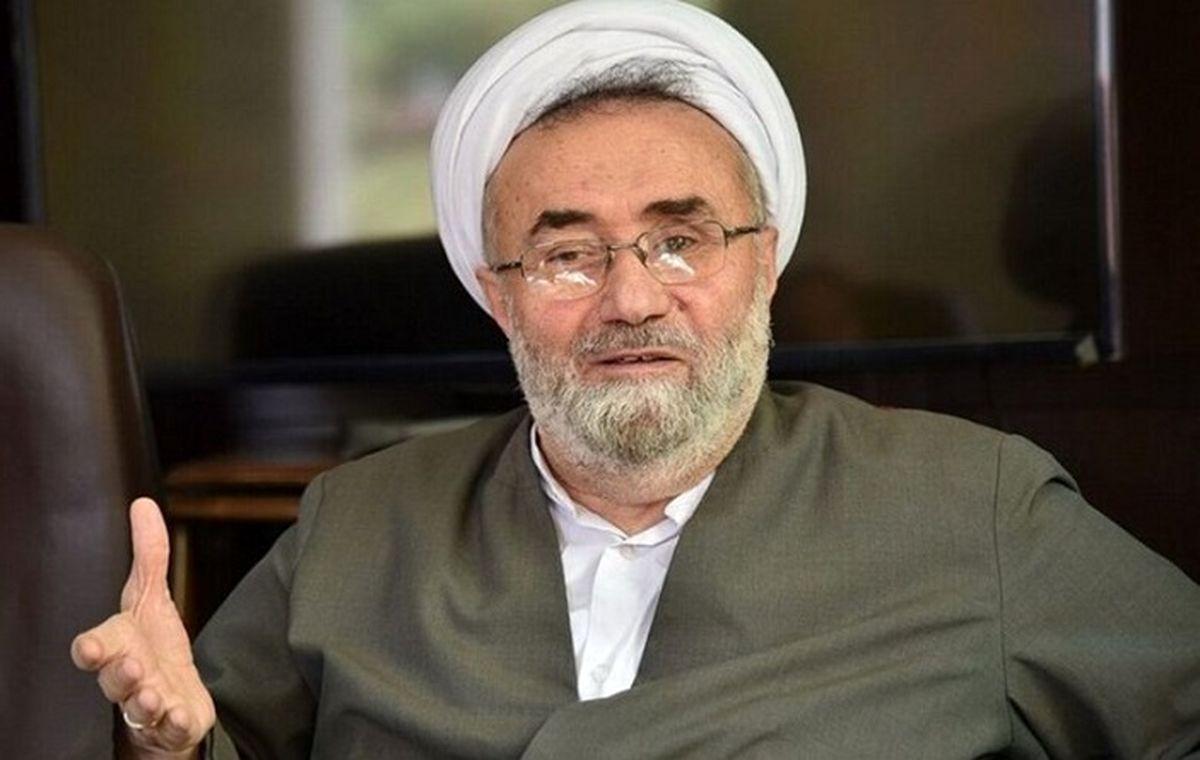 انتقاد تند روزنامه جمهوری اسلامی به مراسم تحلیف رئیسی