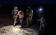 تصاویری از عبور شبانه مهاجران مکزیکی از ریوگراند