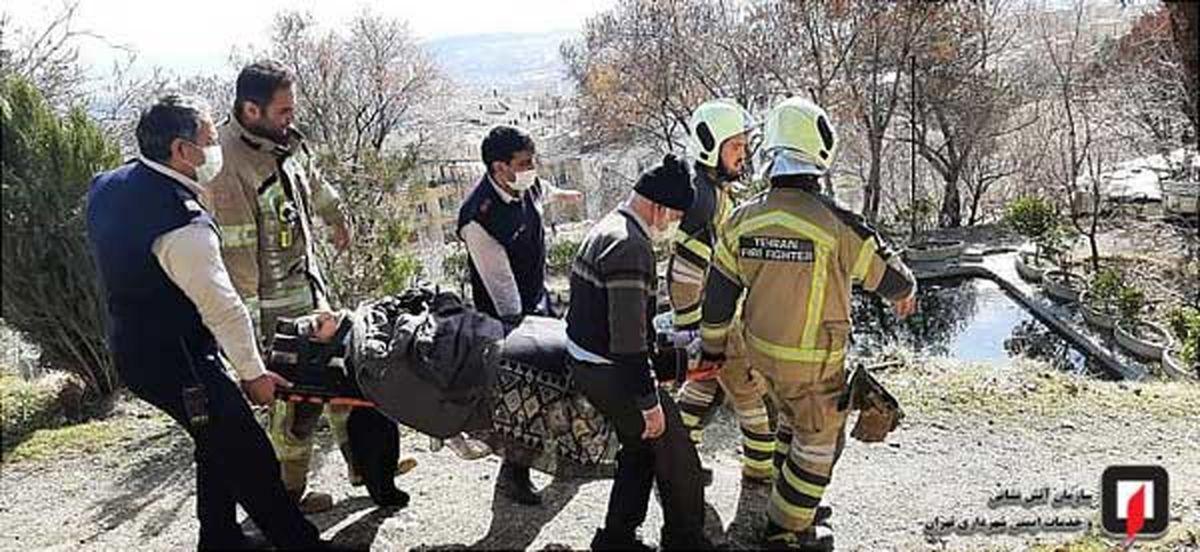 تصاویر دیده نشده/نجات یک دختر جوان که از ارتفاعات تهران به دره سقوط کرده بود