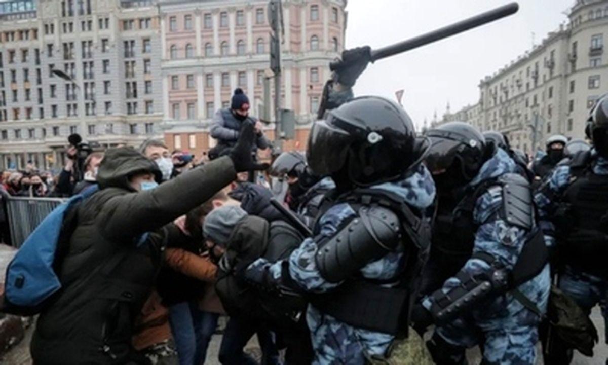 تظاهرات خونین مخالفان حکومت روسیه+عکسها
