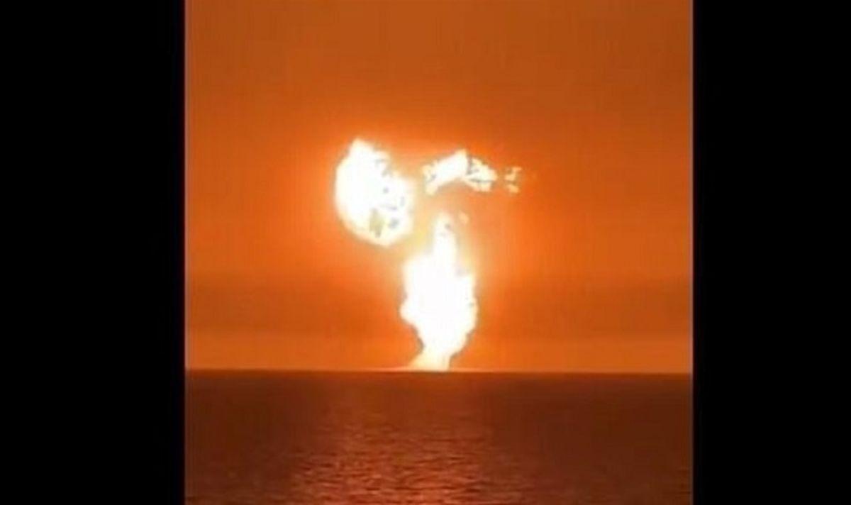 آخرین جزئیات انفجار در دریای خزر/ تاسیسات گازی یا آتشفشان؟