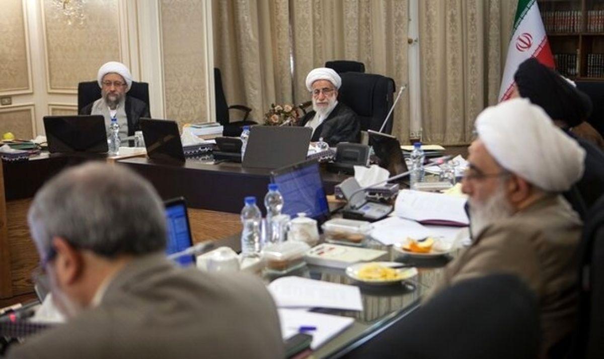 کیهان: شورای نگهبان باید احراز صلاحیت نامزدهای ریاست جمهوری را با سختگیری زیاد انجام دهد / باید بلوغ جامعه را بالا ببریم تا هر کسی جرأت در انتخابات را حضور پیدا نکند