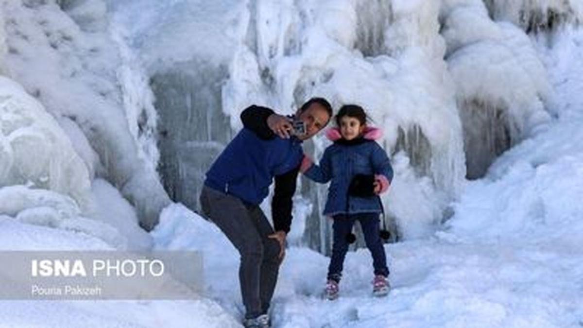 تصاویر زیبا از آبشار تمام قندیل «گنجنامه» در همدان