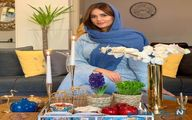عکس پریناز ایزدیار با لباس عید سر سفره هفت سین
