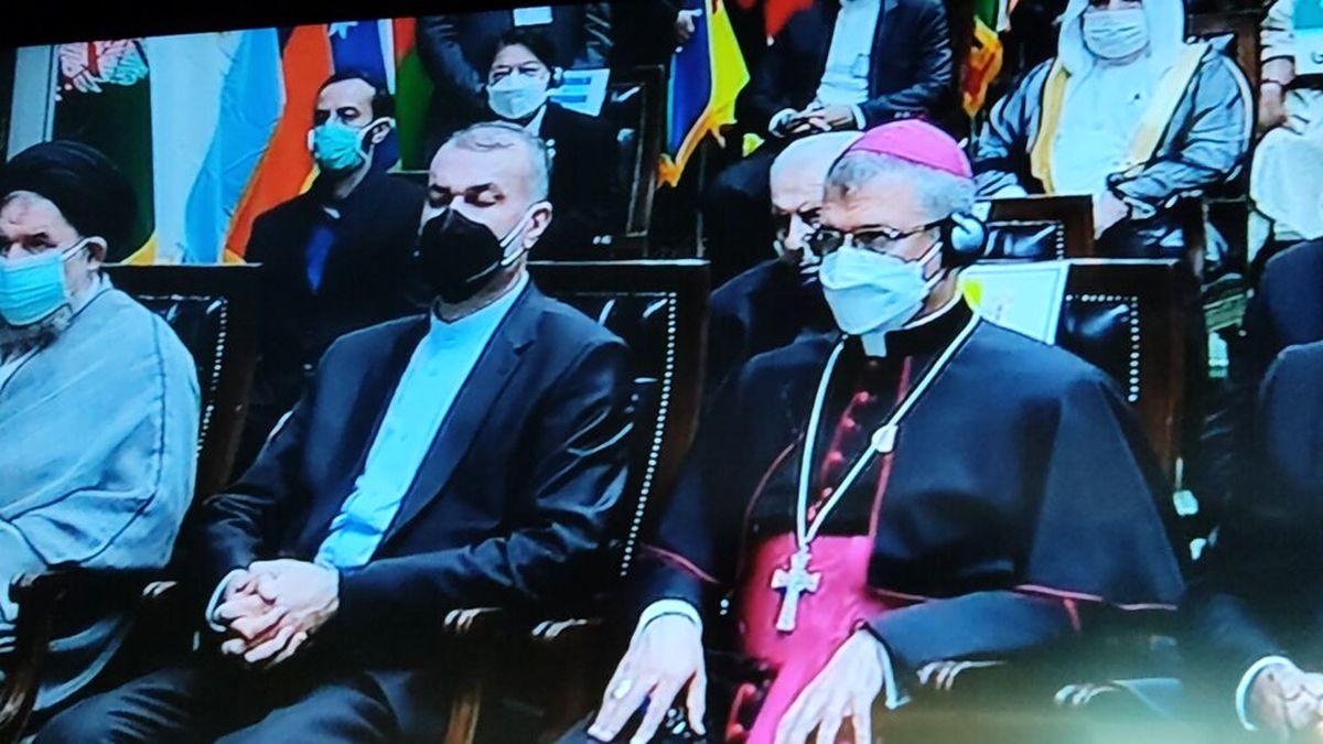 حضور گزینه رئیسی برای وزارت خارجه در مراسم تحلیف +عکس