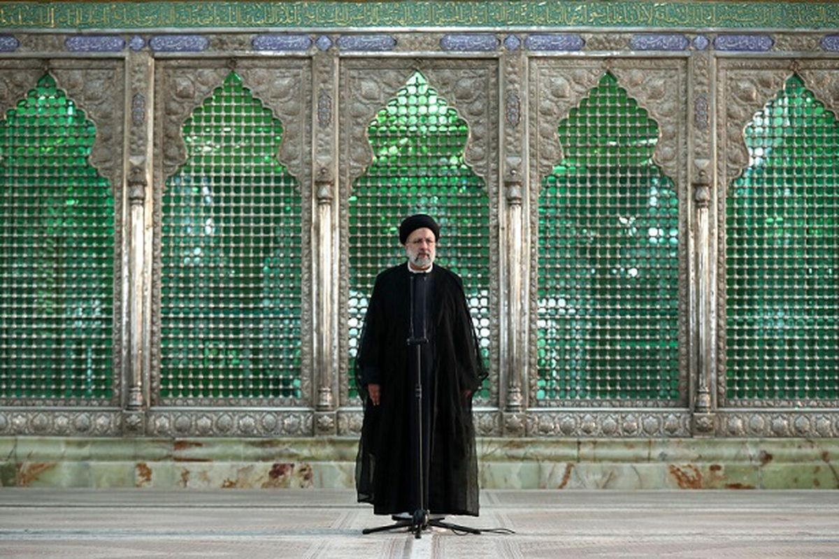 تجدید میثاق رئیسی با امام خمینی | رئیسی:نگاه امام به مردم تشریفاتی نبود