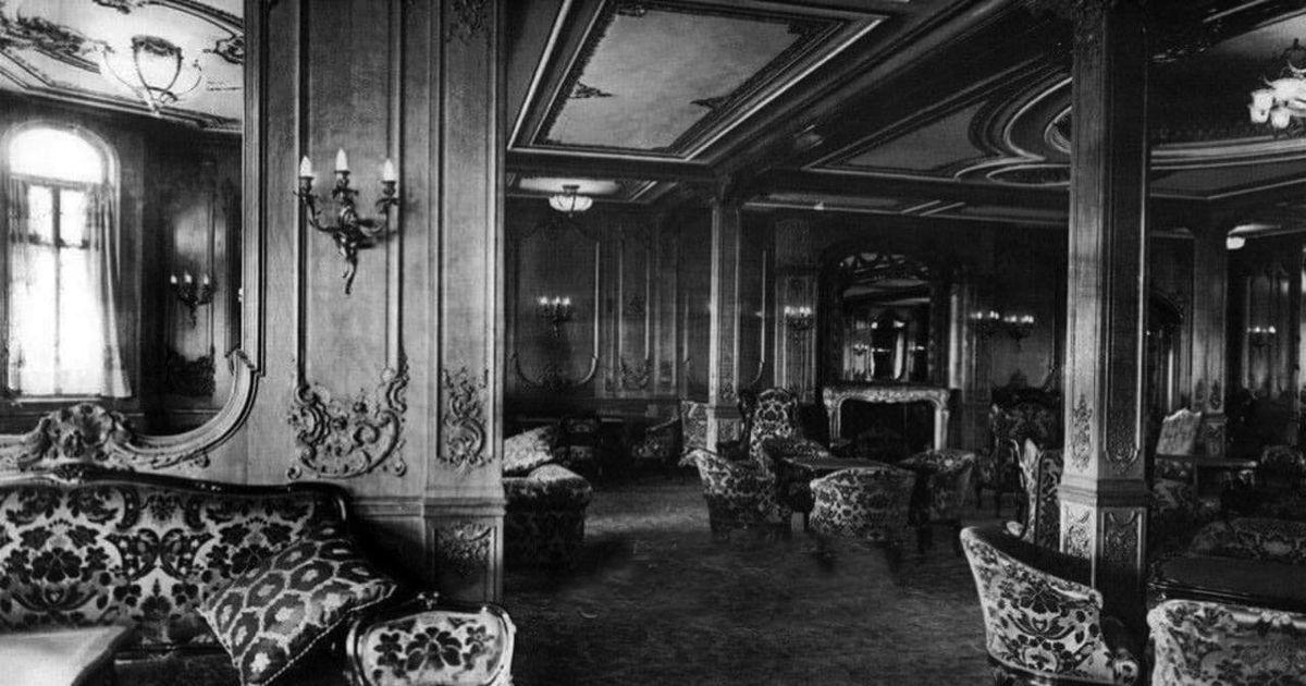 عکسی از کافه تریای طبقه اول کشتی تایتانیک