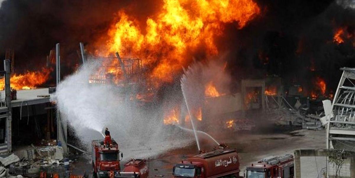 تصاویر آتش سوزی شدید در بندر بیروت