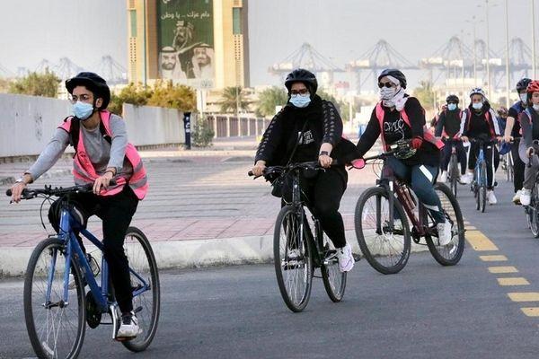 استفادهی دختران مشهدی از دوچرخه ممنوع شد!