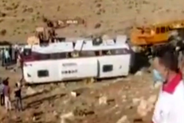 توضیحات شاهد عینی حادثه اتوبوس خبرنگاران
