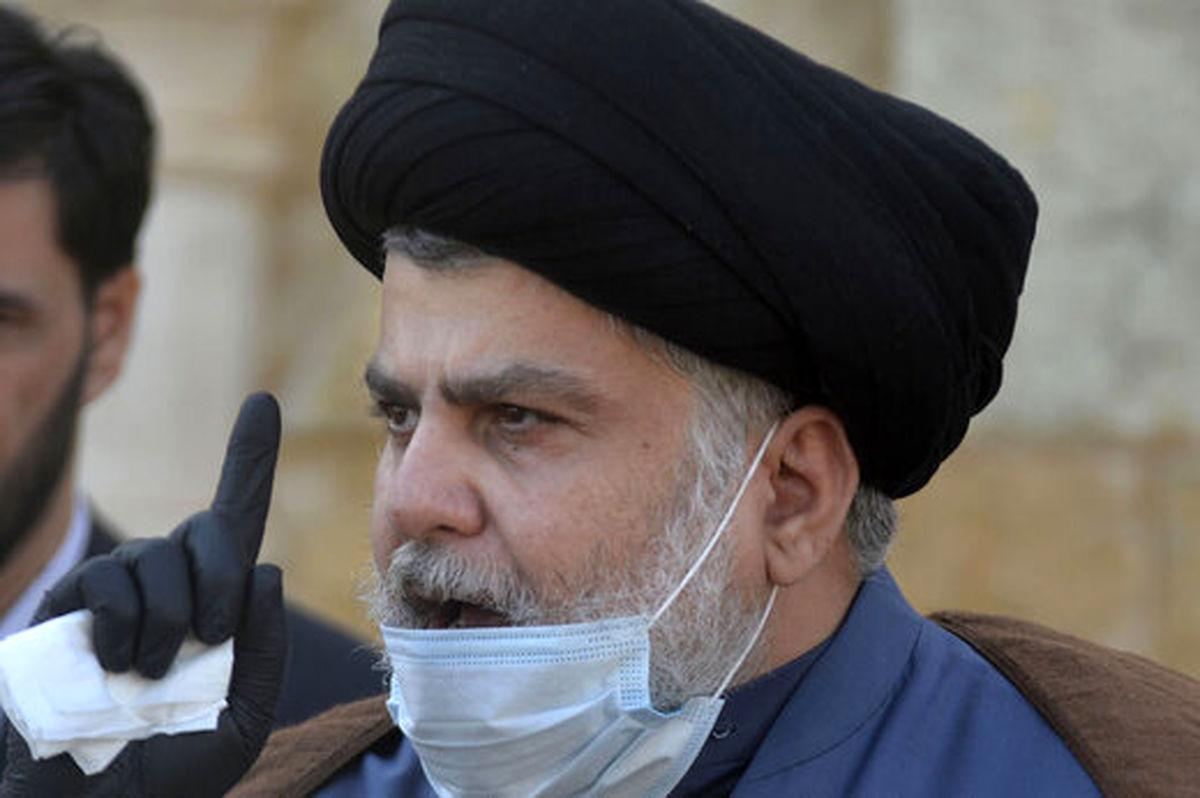 لحظه رای دادن مقتدی صدر در انتخابات عراق