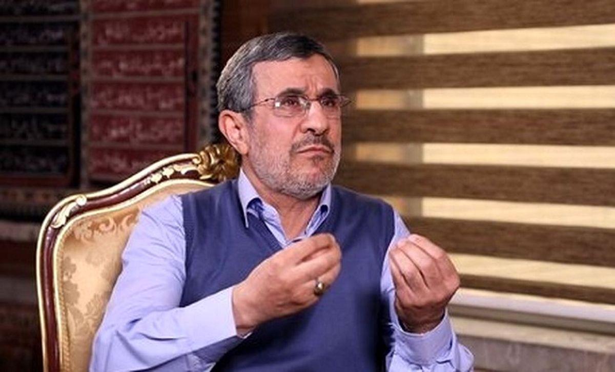 احمدینژاد مدعی شد: مسئولین خودشان واکسن زدهاند و خیالشان راحت است
