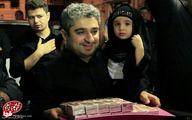 پسران احمدی نژاد در حال پخش نذری / تصاویر