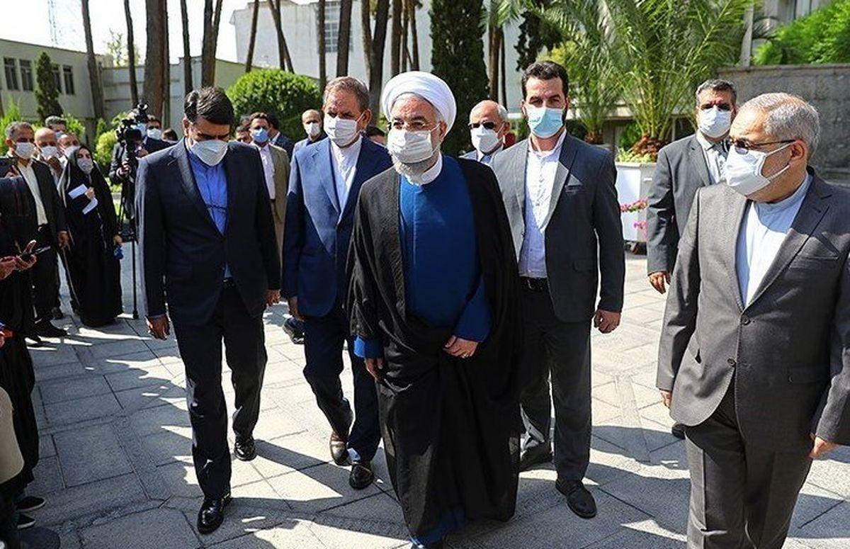 ورود حسن روحانی به مجلس برای مراسم تحلیف