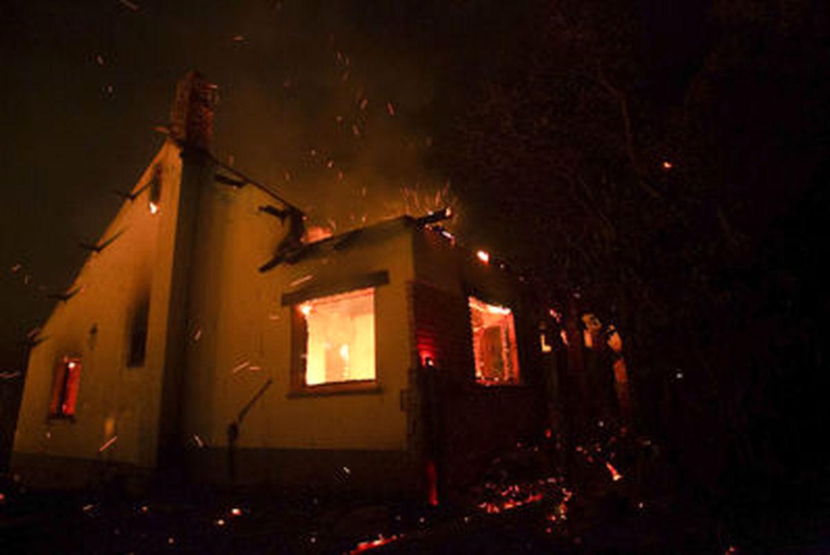 تصاویر داغ از آتشسوزی جنگلی در آرژانتین