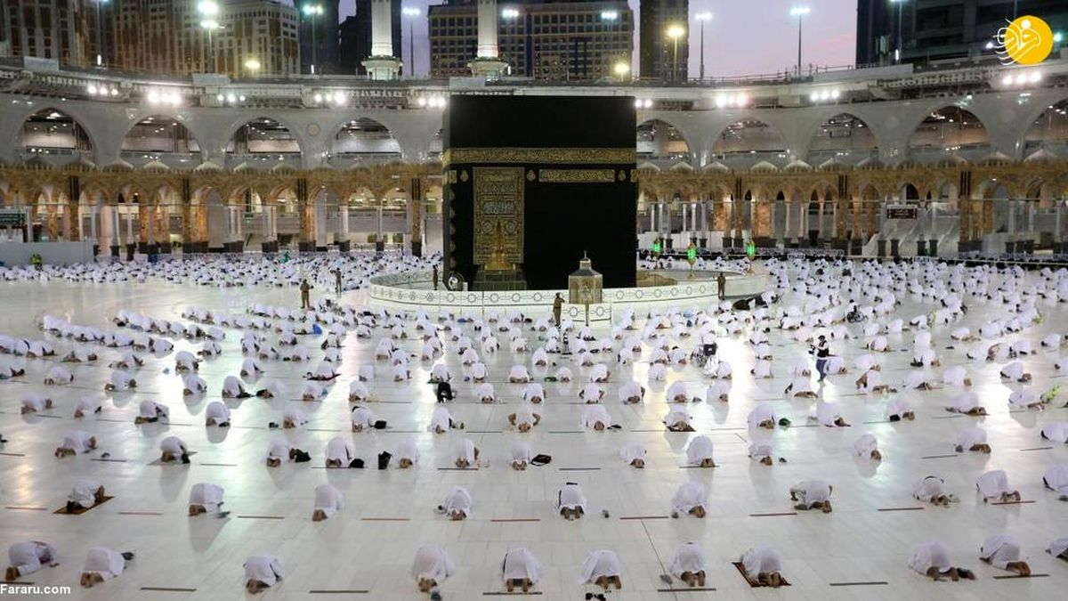 تصاویر دیده نشده و زیبا از نماز در خانه خدا در اولین روز ماه رمضان