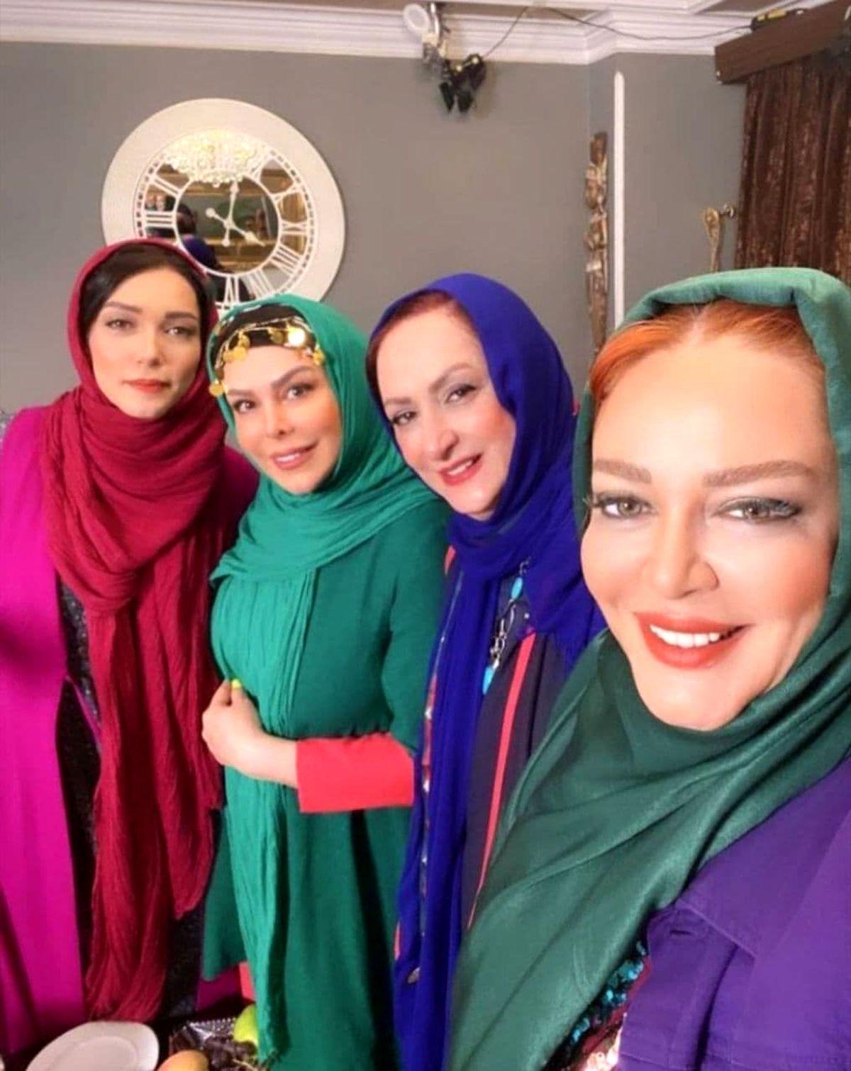 سلفی جذاب و دیده نشده بازیگران معروف زن+عکس