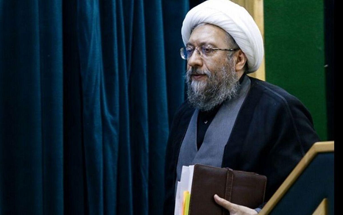 ناگفته های یک اصلاحطلب درباره علت استعفای آملی لاریجانی