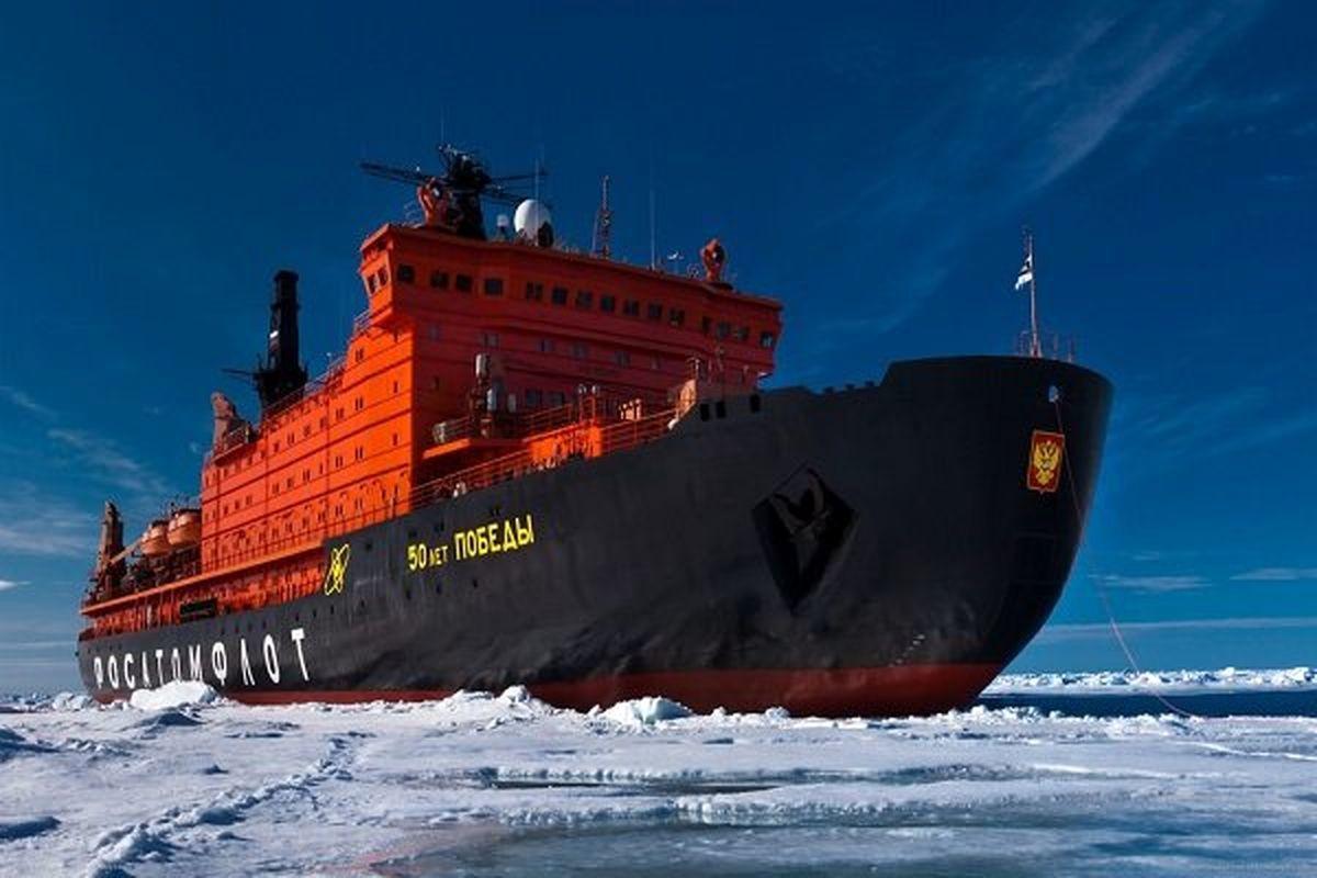 حرکت کشتی یخ شکن اتمی روسی در دریای شمالی