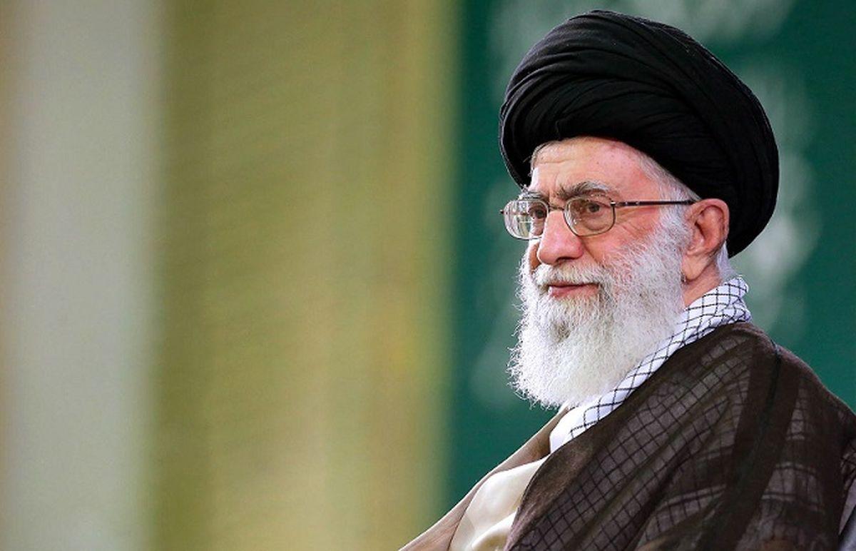 عکس رهبر انقلاب در میان ١٠٠ چهره مجله تایم در ٢٠٢١ | عکس