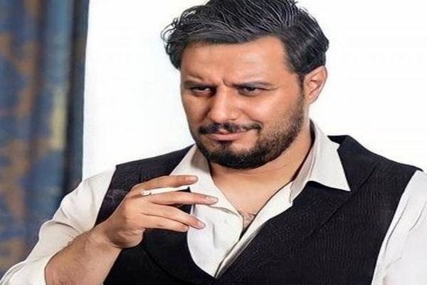 جواد عزتی در زخم کاری 54 نخ سیگار کشید!